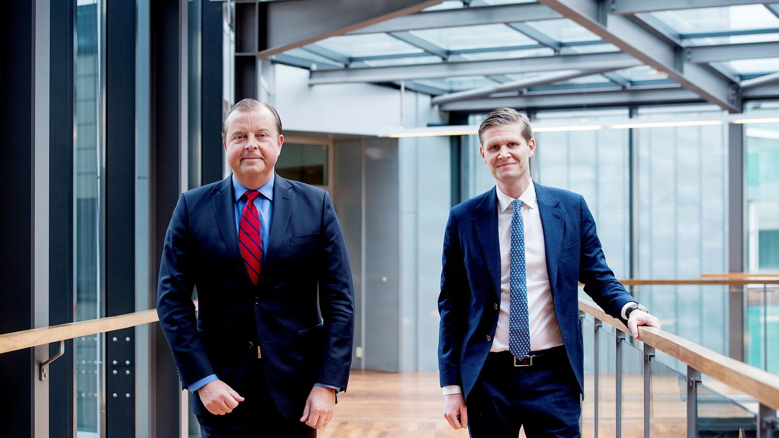 Konsernsjef Bjørn Ivroth (t.v.) med finansdirektør Henrik Schibler i Evry