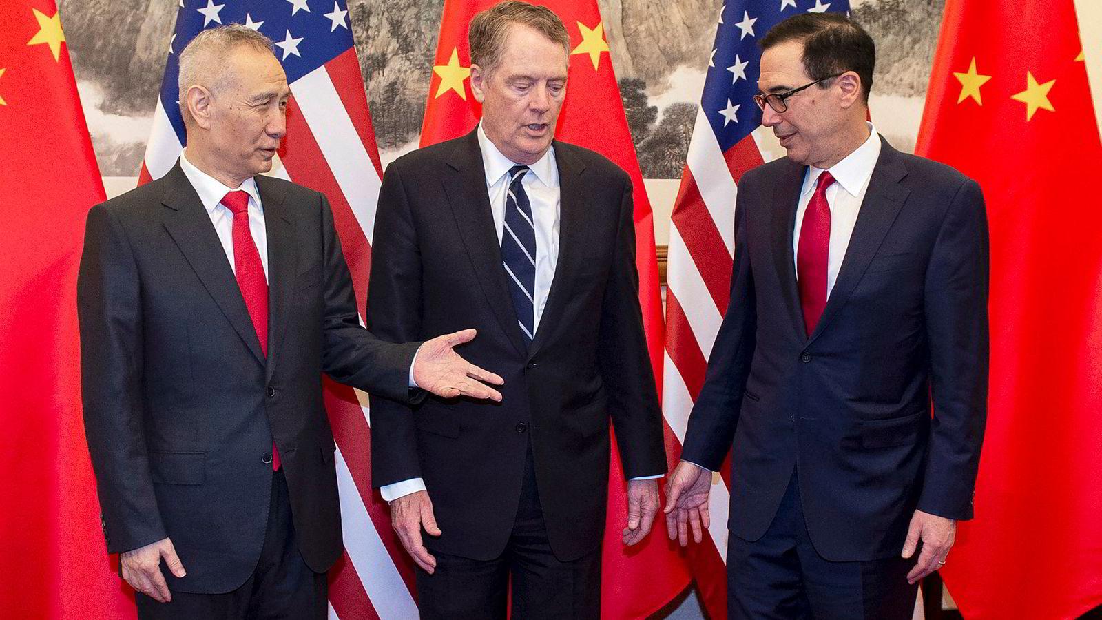 En ny runde i handelsforhandlingene mellom USA og Kina er i gang i Beijing på regjeringsnivå. Begge land melder om fremskritt og tror en avtale er innen rekkevidde.