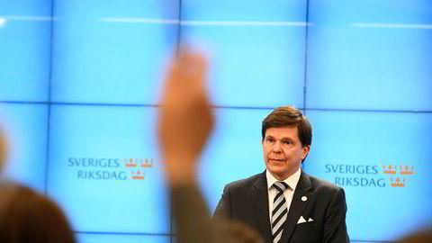 Talmann Andreas Norlén sier ny statsministeravstemning utsettes  til nyåret.