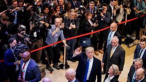 – Jeg er «happy» for å være her, sa USAs president Donald Trump da han kom til den globale eliten i Davos som han tok oppgjør med i valgkampen.
