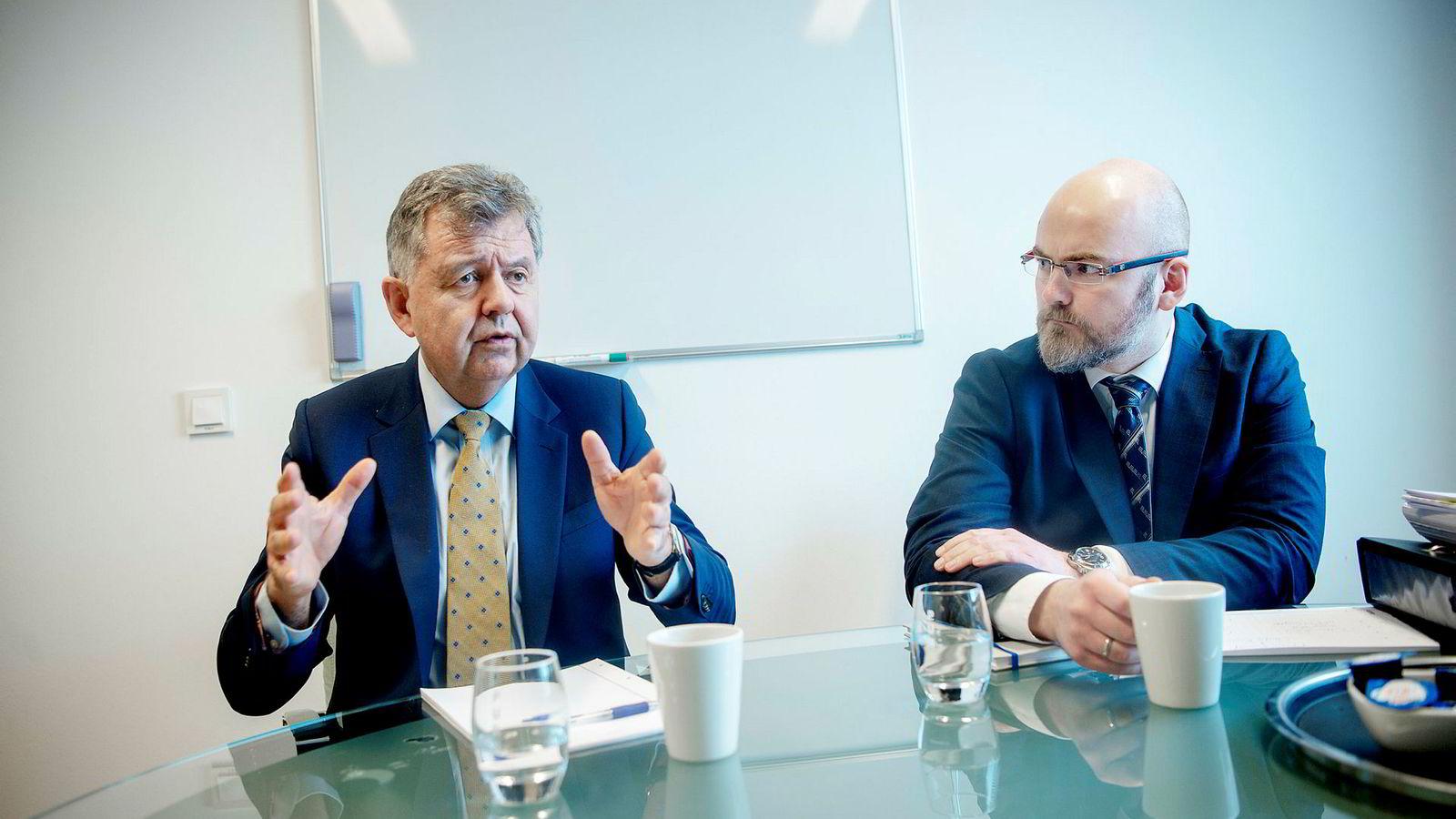 Bostyrer advokat Erling Opdal og advokat Henrik Schumann Sager i Ræder.
