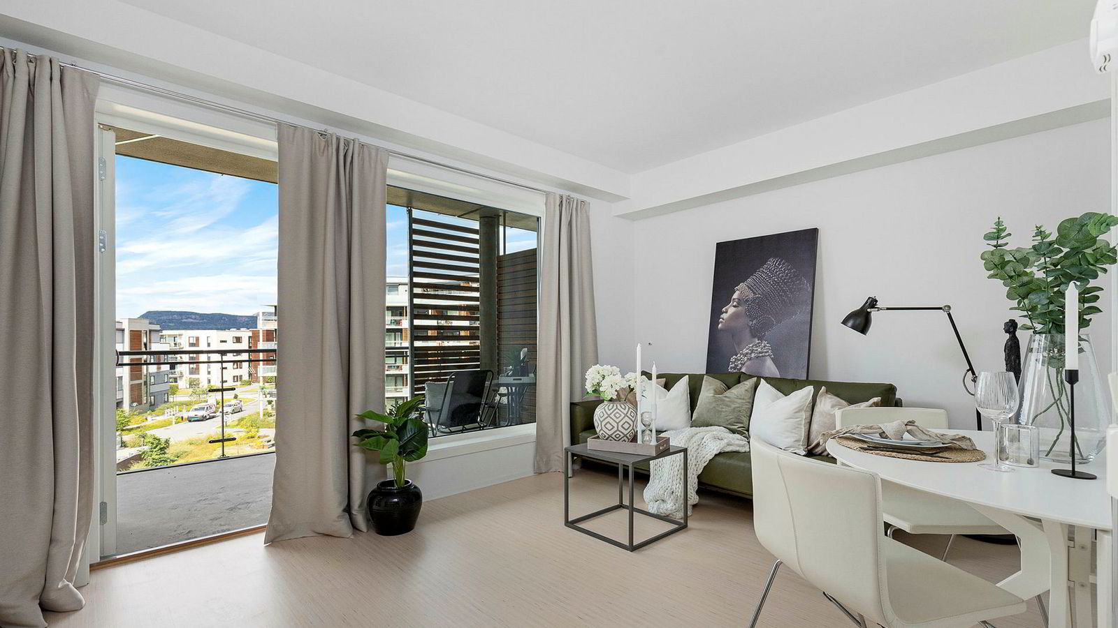 Toromsleiligheter i Oslo mellom 4,5 og 5 millioner har solgt dårligere siste året, ifølge flere meglere. Bildet viser en toroms på Fornebu.
