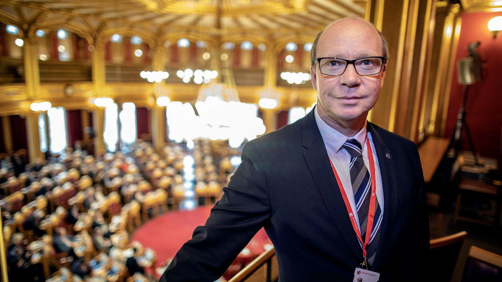 Venstres Kjell Kjenseth sier partiet ikke har gitt opp kampen om å endre oljeskatten.
