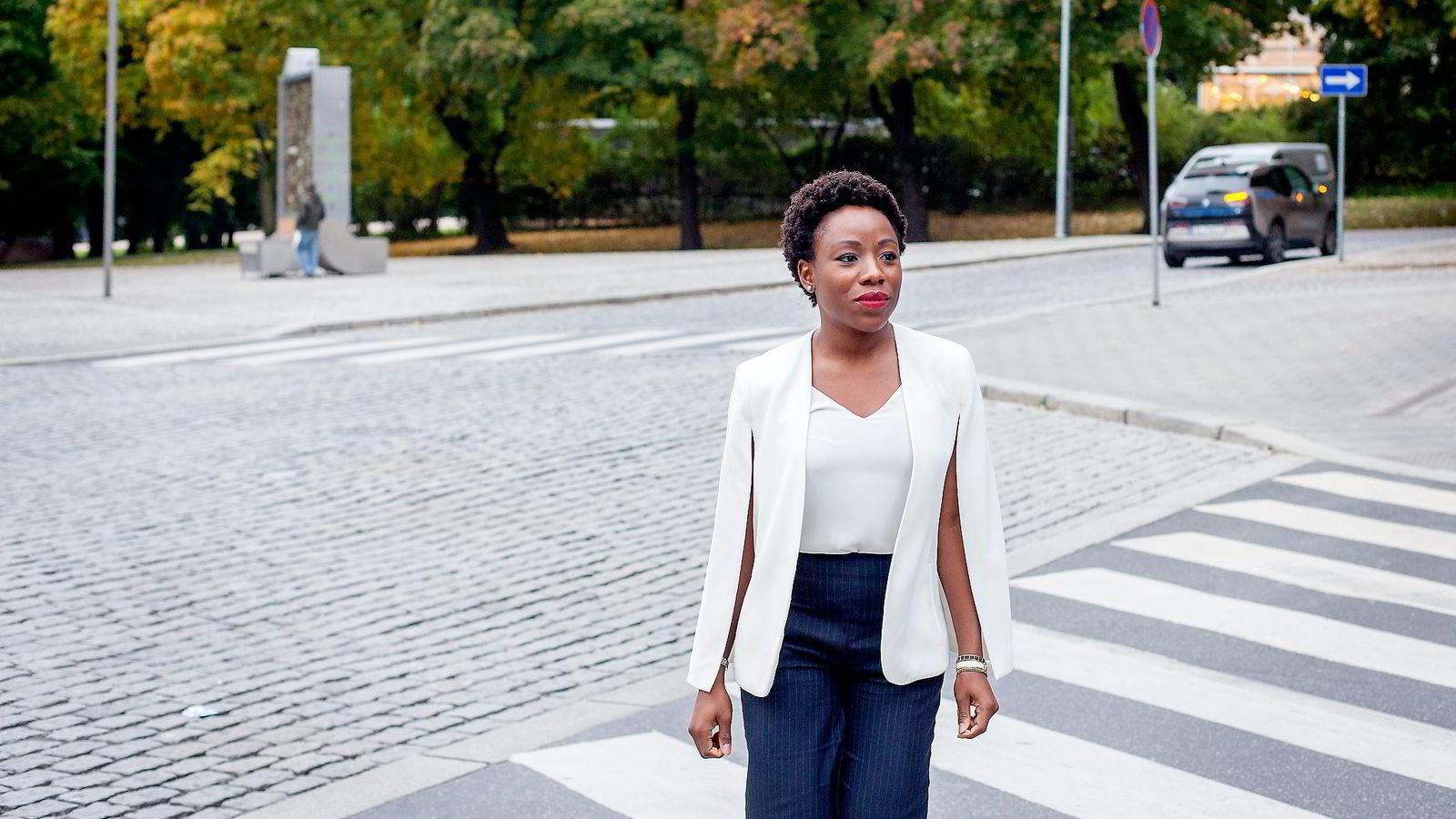 Ebi Atawodi, sjef for Uber i Vest-Afrika, var nylig på en konferanse i Oslo i regi av Norwegian-African Business Association (NABA) for å fortelle om delingsøkonomiens vekst i Afrika.               Foto: Javad Parsa