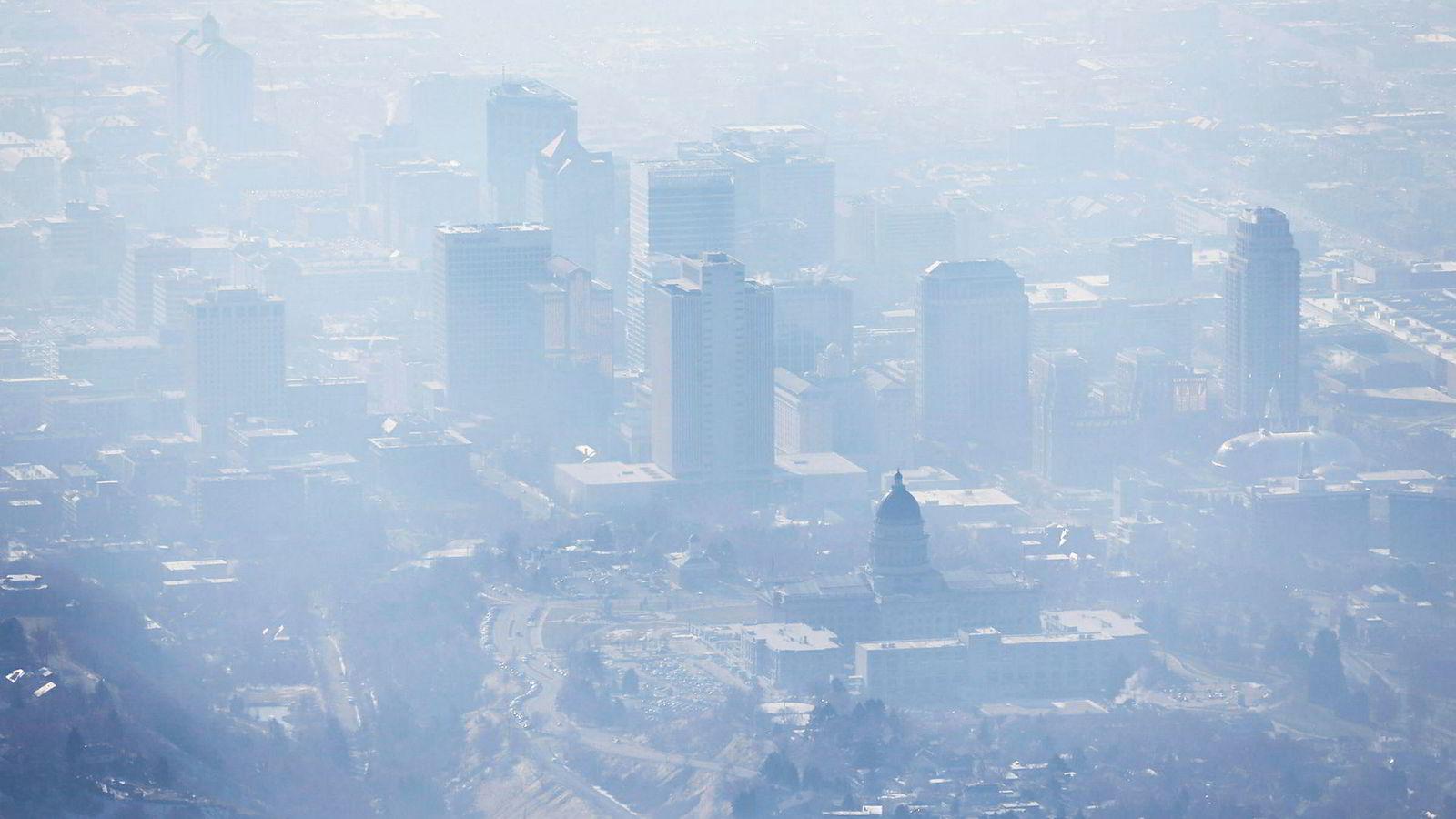 Økningen i nivået av metangass, hovedsakelig fra fossilt brensel har akselerert ytterligere fra 2014 og fram til i dag.