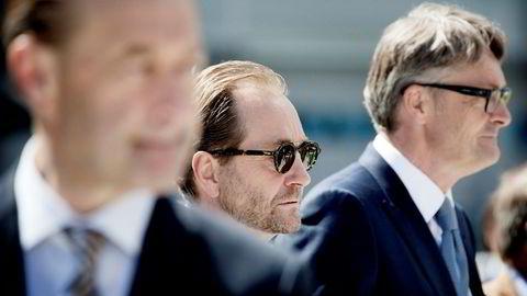 Kjell Inge Røkke og Øyvind Eriksen (til venstre) leder Aker-konsernet. I forgrunnen Røkkes tidligere makker, Bjørn Rune Gjelsten.