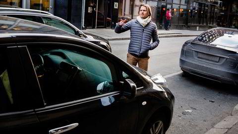 – De hadde fulgt etter meg en stund og var veldig på at jeg skulle innrømme at jeg kjørte for Uber, sier Kim Haagensen om hva som skjedde da han ble avskiltet av politiet i desember. Foto: Per Thrana