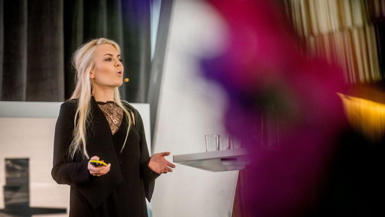 Isabelle Ringnes, leder i Tenk, holder keynote-tale under åpningen av Oslo Innovation Week i oktober 2015.
