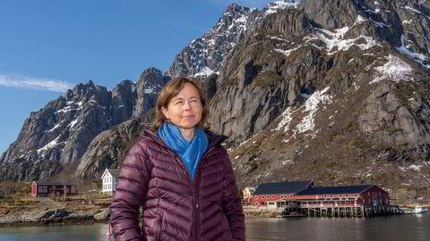 – Vi kan ikke være fornøyd med at det settes nye prisrekorder når industrien ligger med brukket rygg, sier administrerende direktør Inger Marie Sperre i Brødrene Sperre. Her ved et av selskapets fiskebruk i Lofoten.