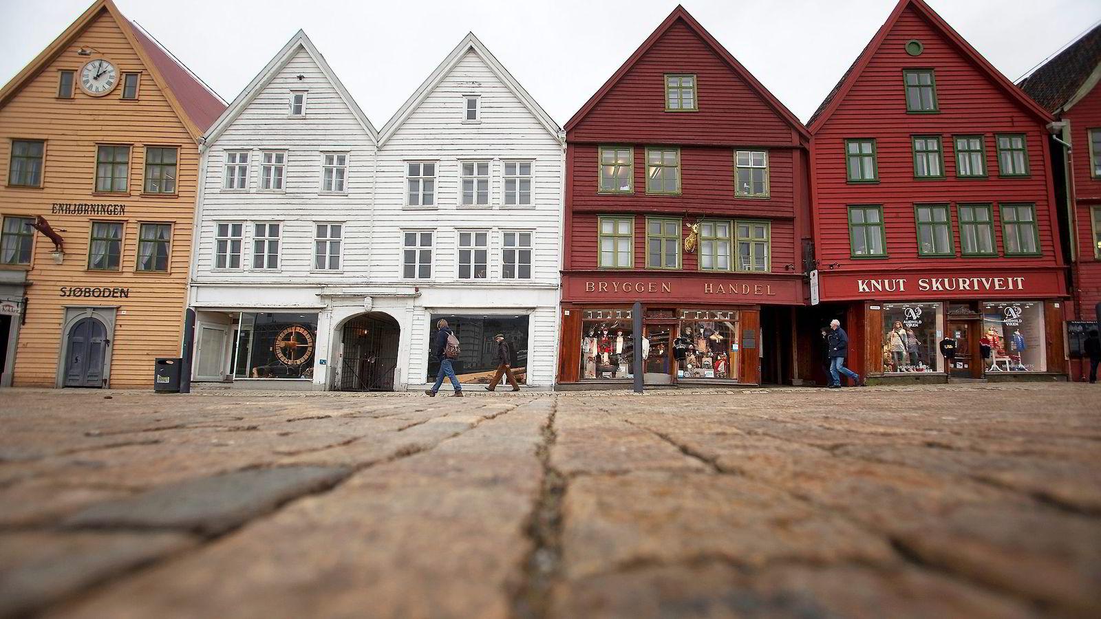 da707cf86 Redd Bergen, send bybanen over Bryggen» | DN