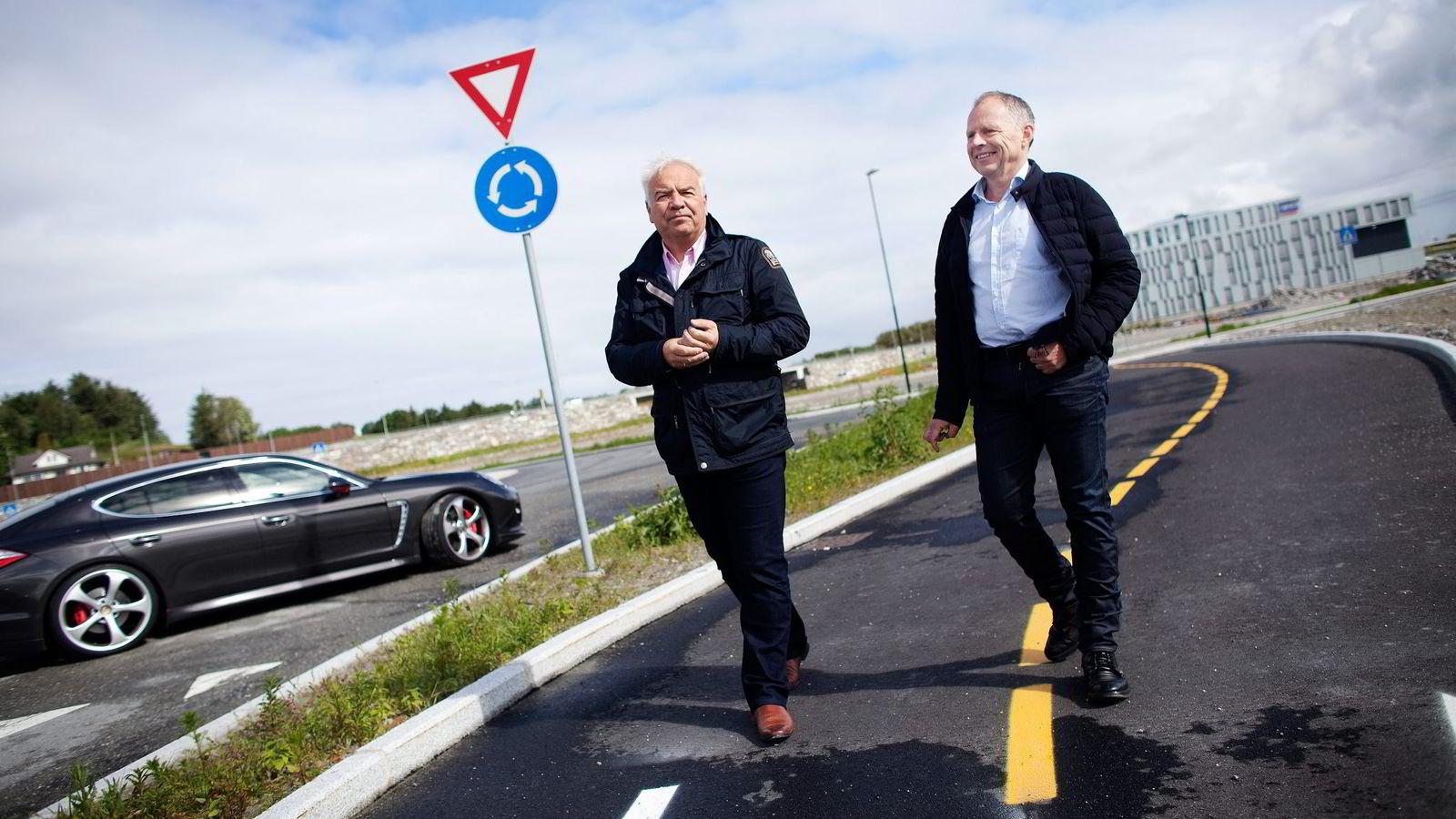 Eiendomsinvestorene Ivar Sverre Gundersen (til venstre) og Arild Egeland har vært med på en av de beste eiendomstransaksjonene noensinne i Rogaland.
