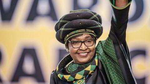 Sør-Afrikas tidligere førstedame Winnie Mandela er død. Hun ble 81 år gammel.