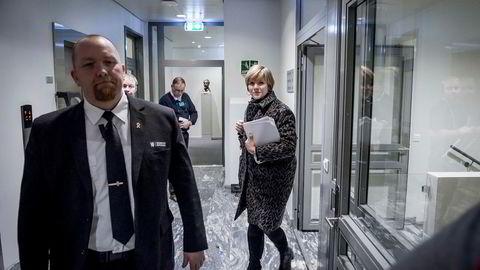 Christine Meyer, tidligere direktør i Statistisk sentralbyrå, mener hun ble presset av finansministeren til å trekke seg i november ifjor.