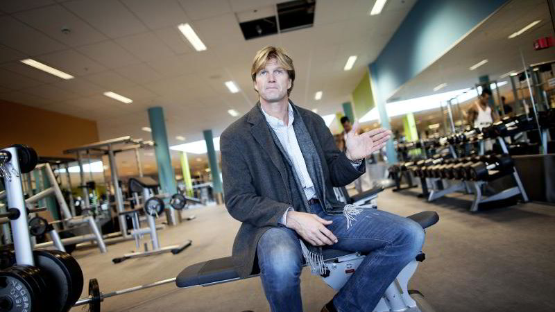 Administrerende direktør Bjørn Maaseide i Sats Elixia merker stor pågang fra kunder som ønsker seg PT. I likhet med flere treningskjeder sliter han med å møte etterspørselen.
