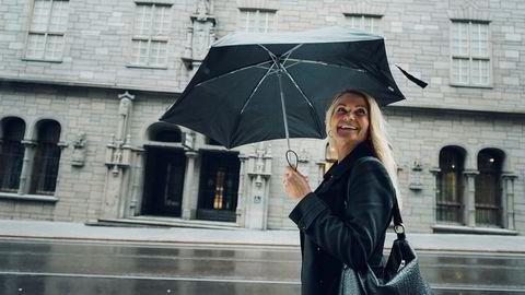 Merete Mandt Larsen er leder i Mediebyråforeningen, som presenterer omsetningstall for reklamemarkedet i juli.