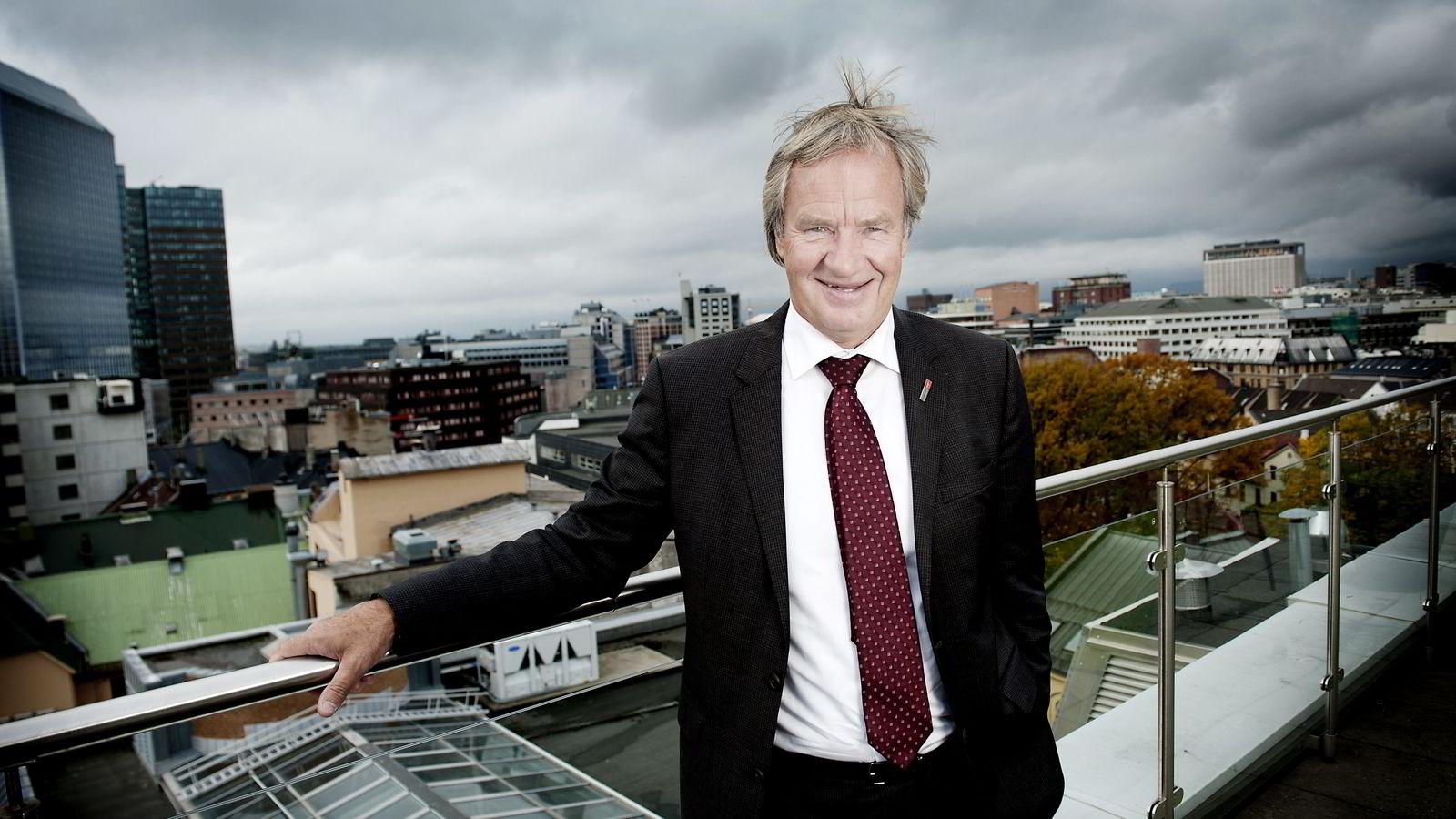 Norwegian-sjef Bjørn Kjos sparer penger på lavere oljepris og det har gitt et kursløft den siste uken.Foto: Melisa Fajkovic
