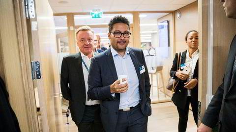 Daniel Kjølberg Siraj meldte seg inn i KrF igjen etter partileder Knut Arild Hareide pekte ut en ny retning for partiet. Her er Siraj på DNBs eiendomskonferanse.