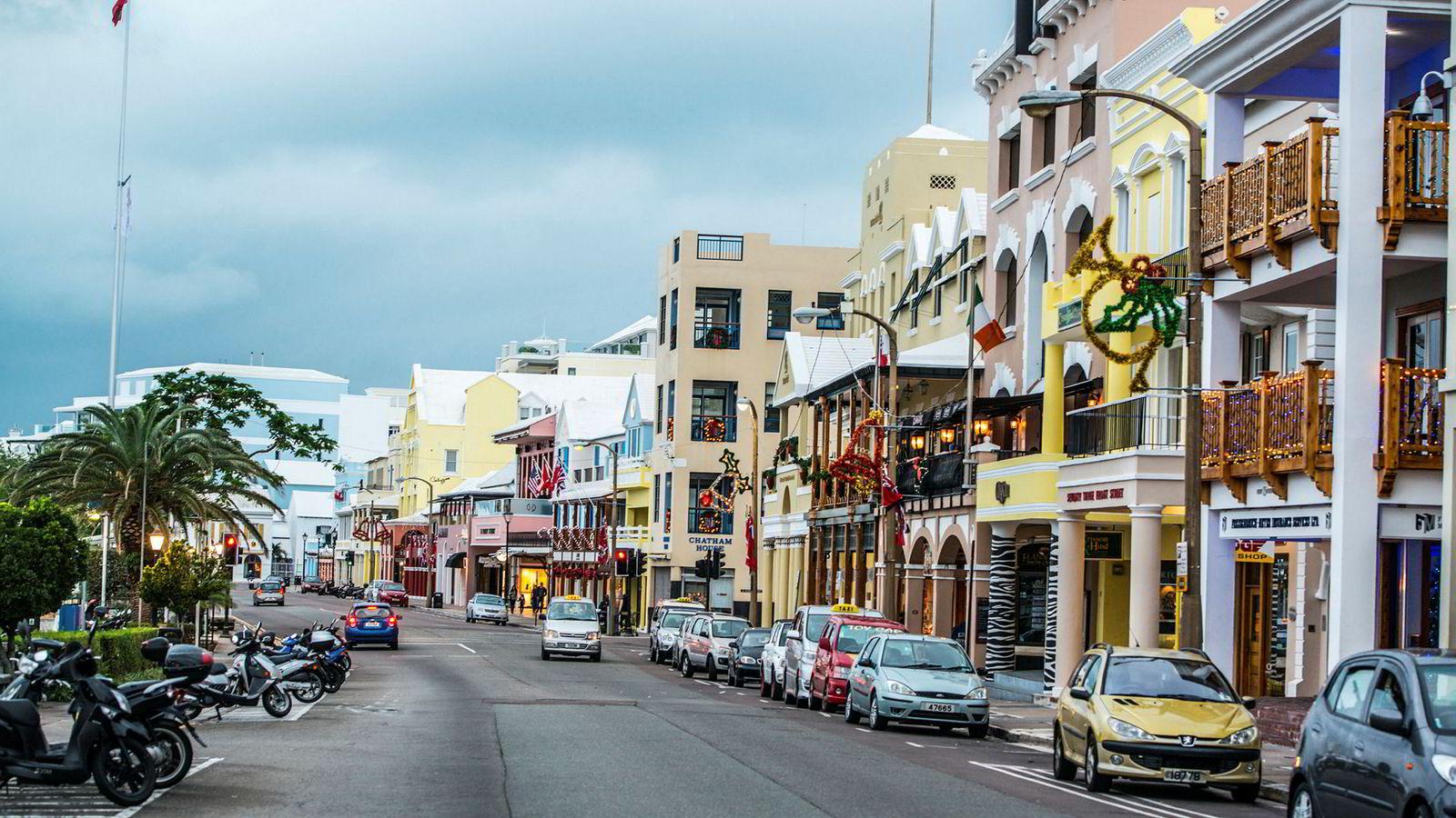 Selskap og enkeltpersoners bruk av skatteparadiser, som eksempelvis Bermuda, for lovlig og ulovlig skatteplanlegging kan føre til mange utfordringer for Norge.