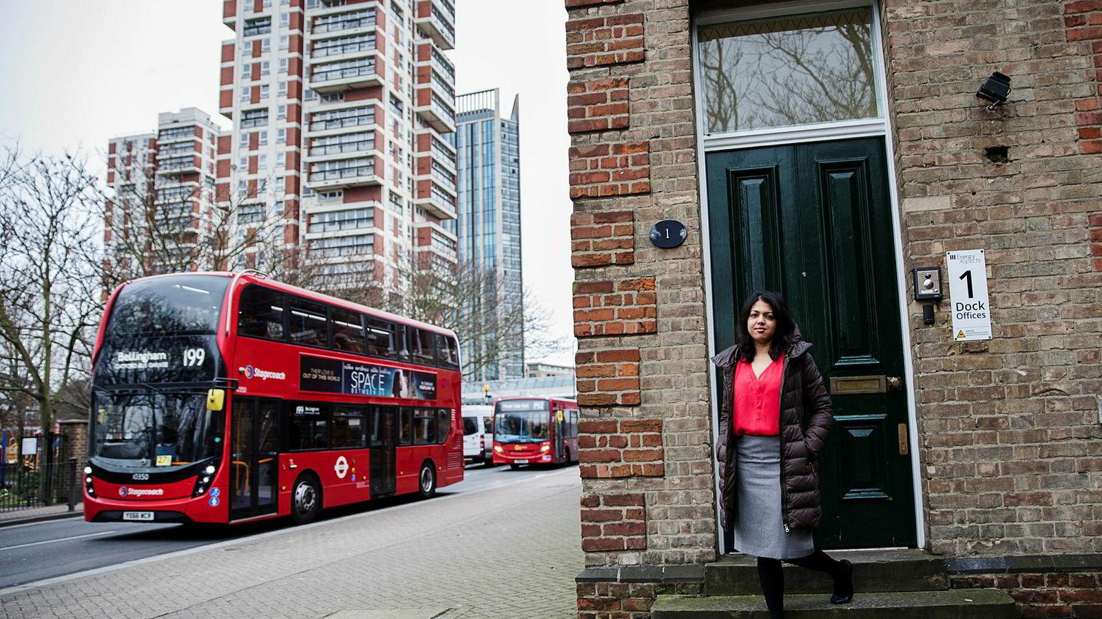 –Folk går glipp av dette. Etterspørselen er veldig sterk, sier oljeanalytiker Amrita Sen i Energy Aspects i London.