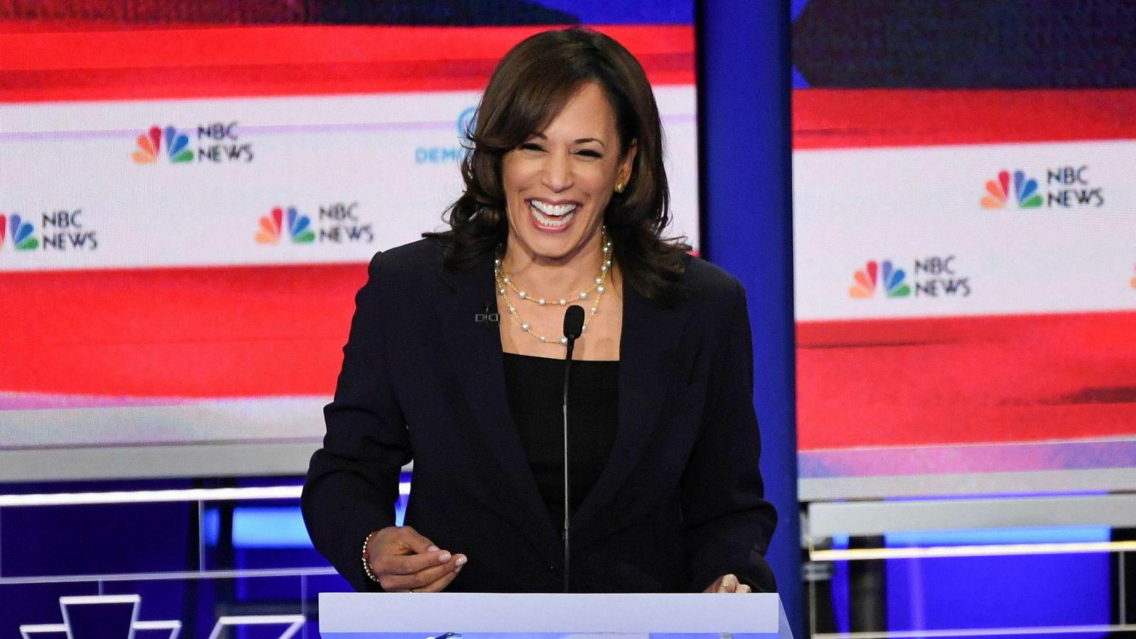 Kamala Harris gjør et hopp på målingene etter at hun dominerte den andre dagen av demokratenes første valgdebatt.