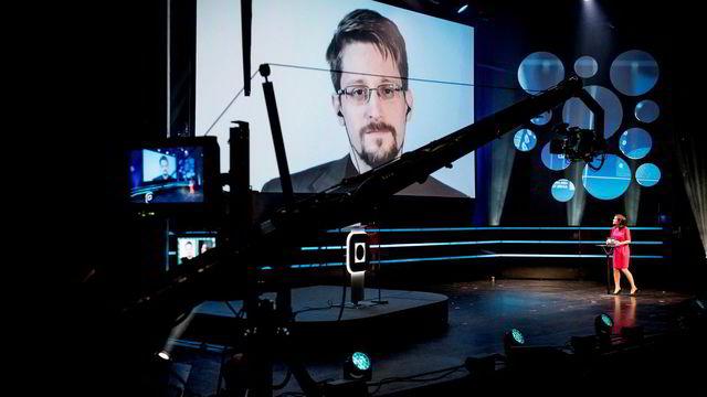 Edward Snowden til publikum i Trondheim:– Den største formen for sosial kontroll noensinne