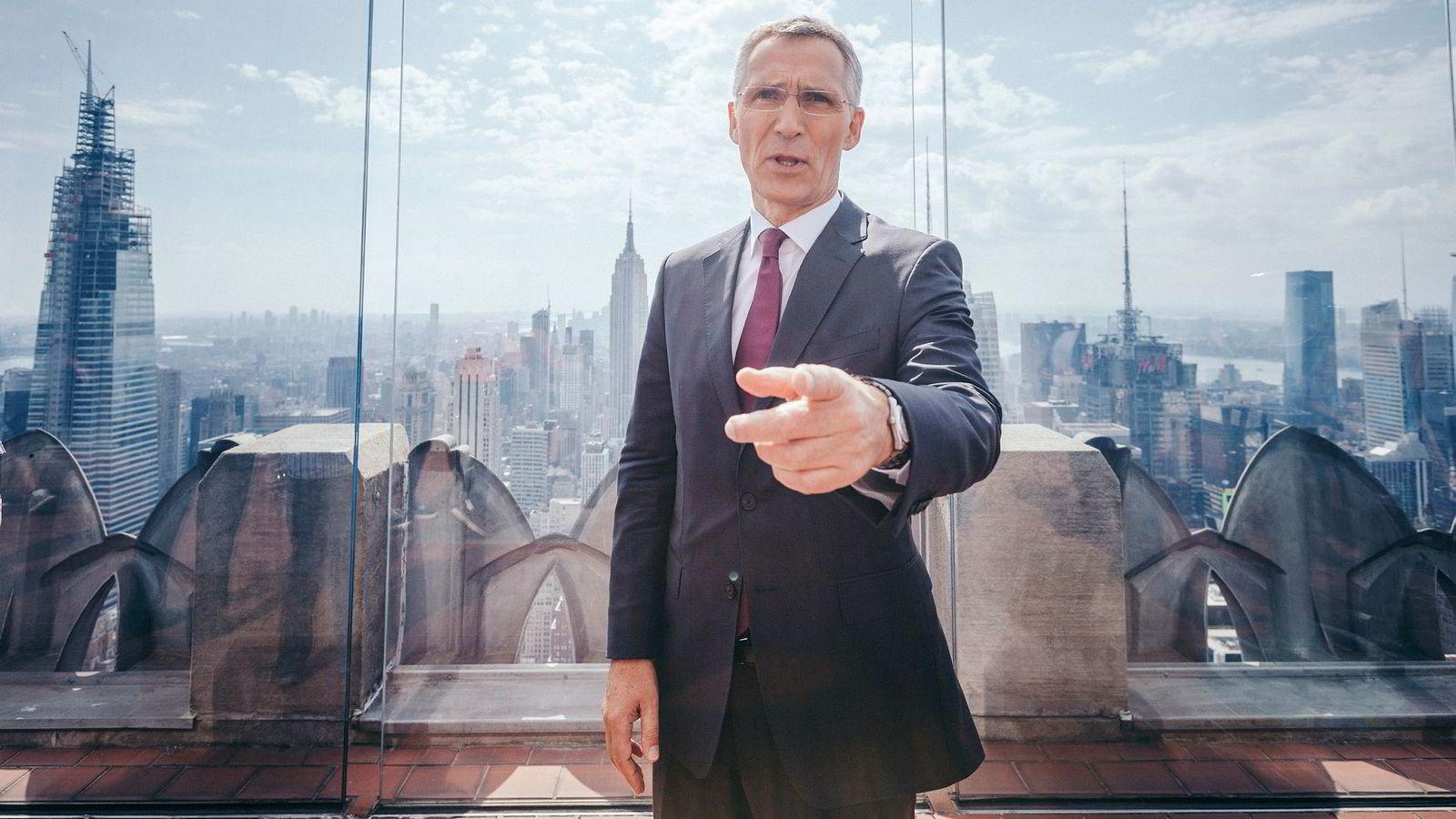 Natos generalsekretær Jens Stoltenberg har vært i New York denne uken for å møte flere toppledere under FNs generalforsamling, tale for studentene på Columbia og bli intervjuet i tv-kanalen MSNBC i den relativt høye Rockefeller-bygningen.