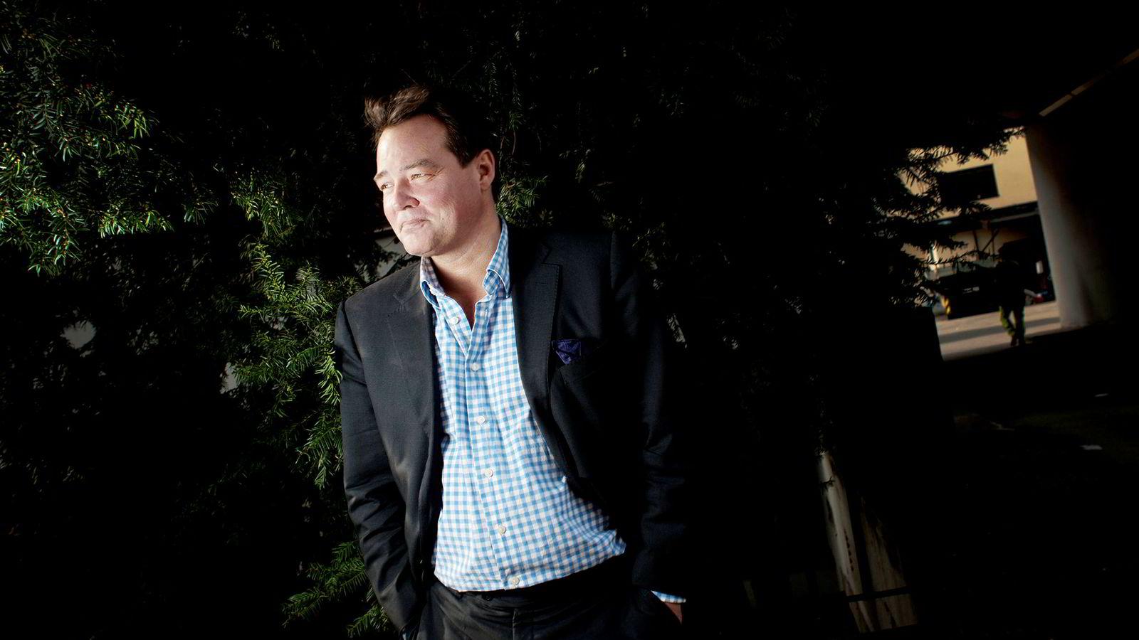 Den danske hodejegeren Lars Esholdt mener Danske Banks konsernsjef Thomas Borgen er en «ydmyk norsk, ganske hyggelig person».