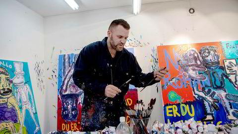 Kunstner Bjarne Melgaard vendte nylig tilbake til Norge etter ti år i New York. Han sammenligner Norges forhold til Munch med det til en hellig ku, hvor det ikke er rom for kritikk eller utvikling.