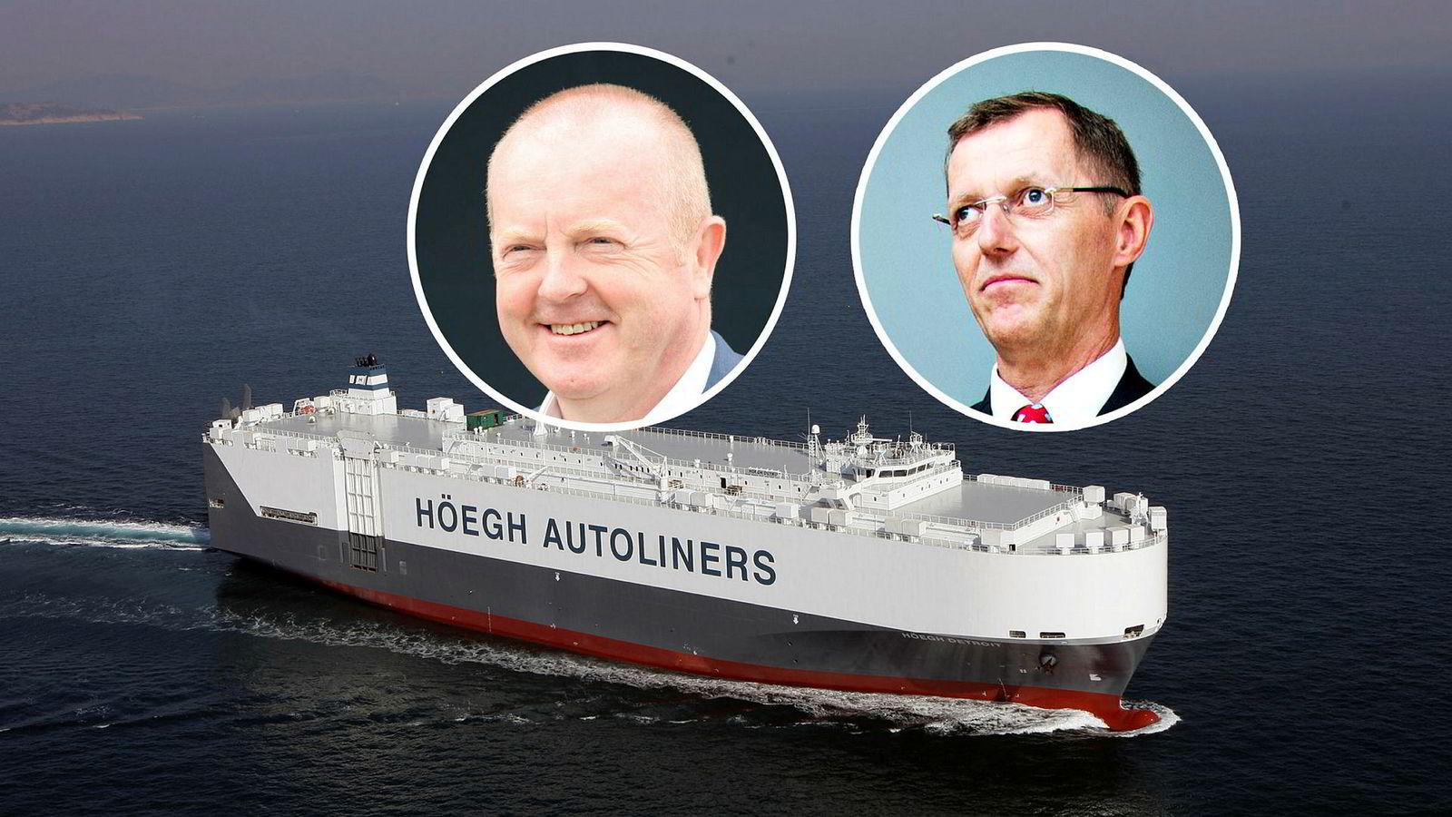 De tidligere sjefene i Höegh Autoliners, Øivind Ervik og Ingar Skiaker, er tiltalt i USA, ifølge en pressemelding fra    det amerikanske justisdepartementet. I bakgrunnen er skipet Höegh Detroit.