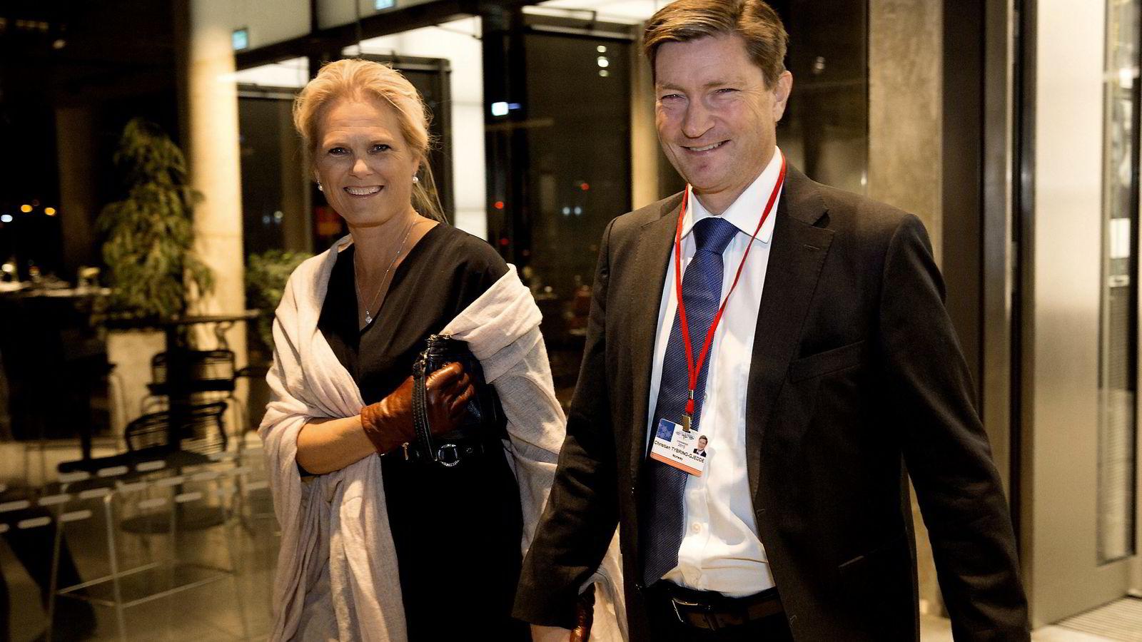 Ingvil Smines Tybring-Gjedde sammen med ektemannen Christian Tybring-Gjedde. Foto: