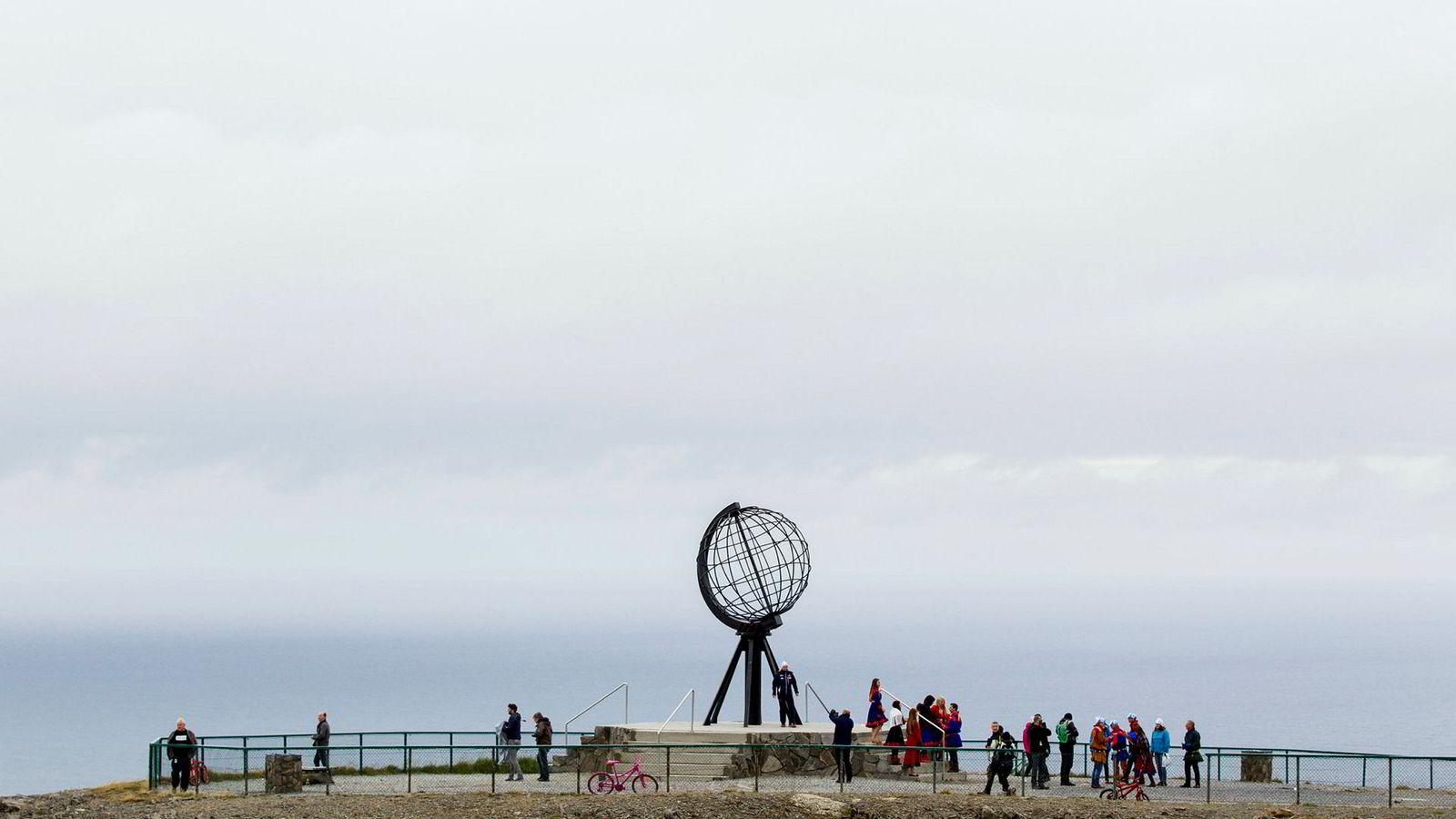 Nordkapp-platået er Norges tredje mest populære turistattraksjon med 300.000 besøkende årlig.