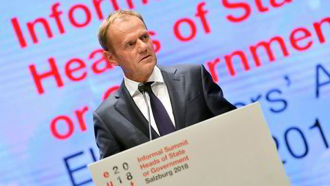 EU-president Donald Tusk sier britene må bla opp for å ha brutt reglene.