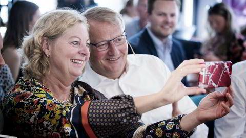 Berit Svendsen starter i ny jobb i Vipps der DNB-sjef Rune Bjerke er styreleder. Bildet er tatt i sommer.