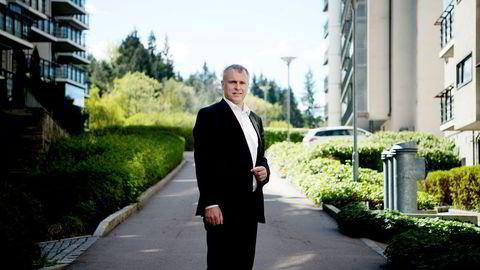 Tidligere konsernsjef i Norske Skog, Sven Ombudstvedt, er nå rådgiver for gruppen av seniorkreditorer i selskapet, og er satt inn som styreleder i datterselskapet Norske Skog as som seniorene har tatt kontroll over.