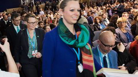 Mens EU har jobbet for å få skipsfart inn i avtaleteksten fra Paris, mener klima- og miljøminister Tine Sundtoft (H) det ikke vil være negativt for at sektoren utelates fra en avtale i Paris. Til høyre klimakommisær Carol Dieschbourg. Foto: