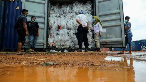 Har fått nok. Nå returnerer Indonesia søppel til Europa og USA.