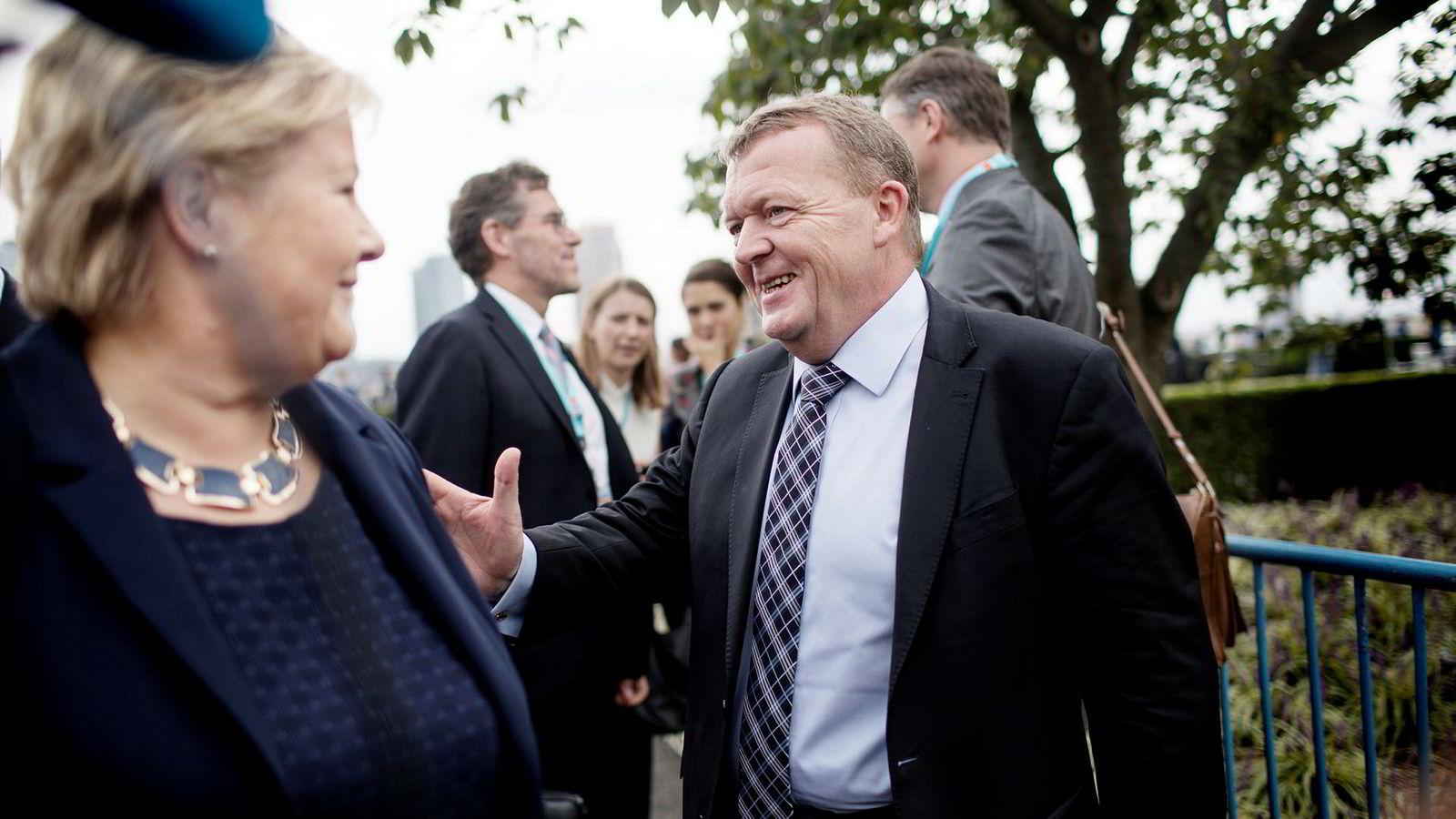 Danmark og statsminister Lars Løkke Rasmussen tar en dansk en med nye bevilgninger til forsvarutgiftene. Bare 1,5 av de utlovede 4,5 milliardene er friske penger.