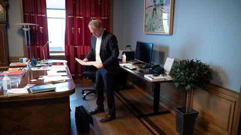 Byrådsleder Raymond Johansen (Ap) ser ut til å få beholde kontoret sitt i Oslo rådhus også etter høstens valg.