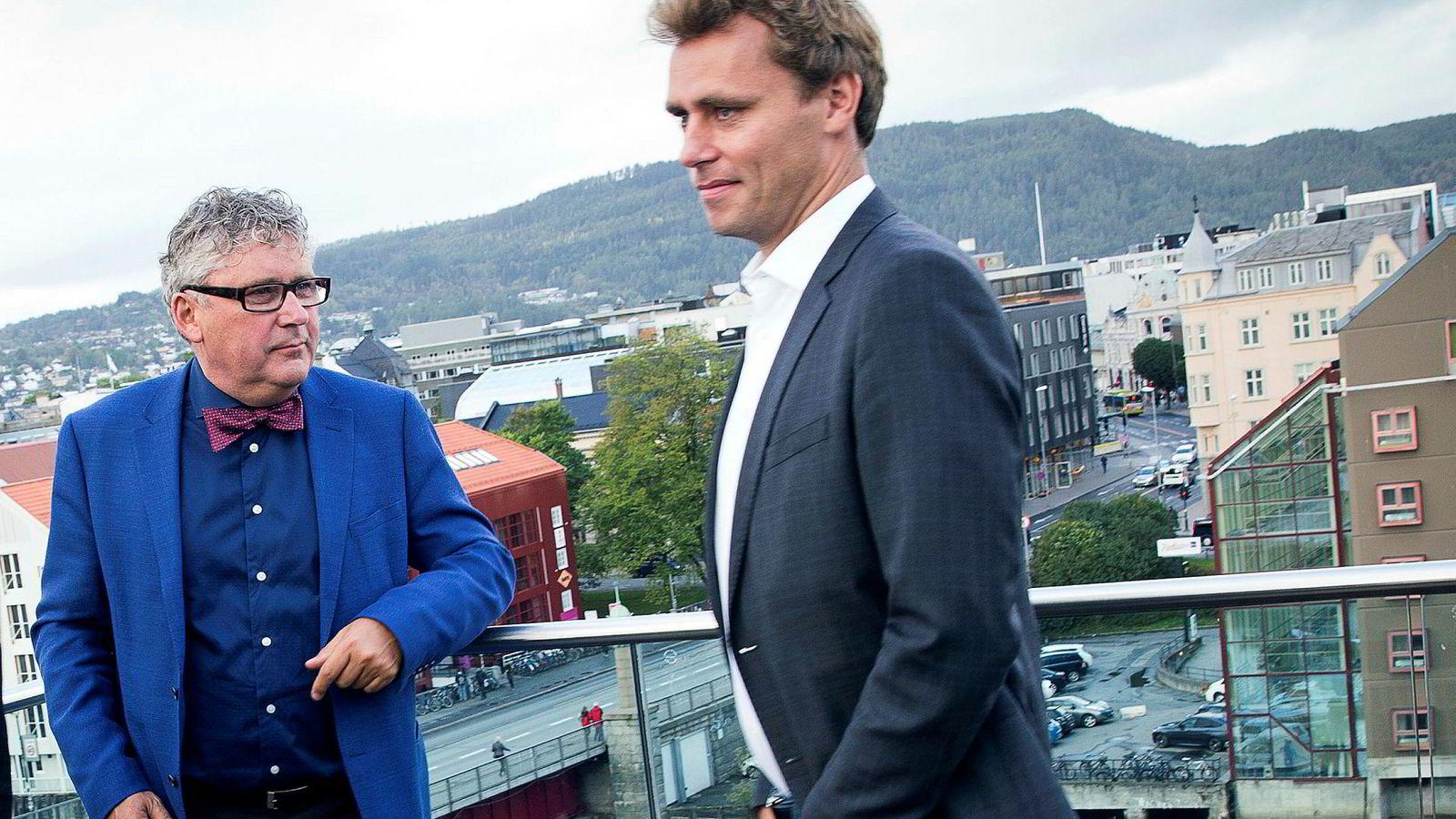 Administrerende direktør Erik Haugane (til venstre) i oljeselskapet Okea kjøper deler av Norske Shells virksomhet på norsk sokkel. Okea ble startet i 2015 av Haugane og tidligere olje- og energiminister Ola Borten Moe.