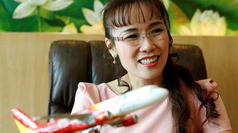 Asiatiske dollar millardærer vil vokse kraftig de neste årene. Her representert ved vietnamesiske Nguyen Thi Phuong Thao som ifølge Forbes var verdt 2.7 milliarder dollar i 2017. Hun er grunlegger og sjef i Vietnams største private flyselskap Vietjet.