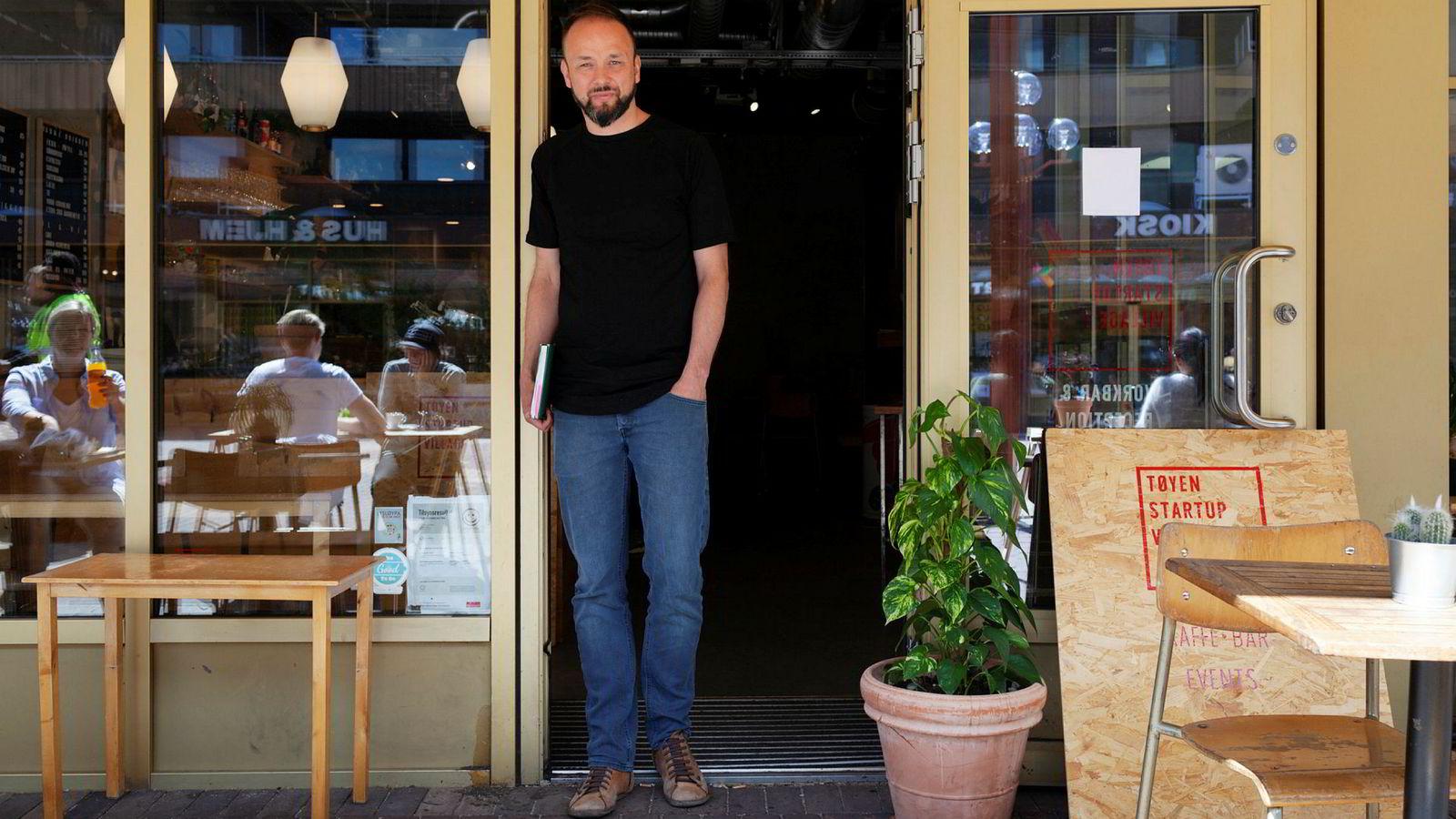 Lendo-sjef Ådne Skjelstad ser en tøffere tid i vente for forbrukslånsmarkedet, og allerede én måned etter at nye lånereguleringer ble innført viser det seg tøffere for låneagenten.