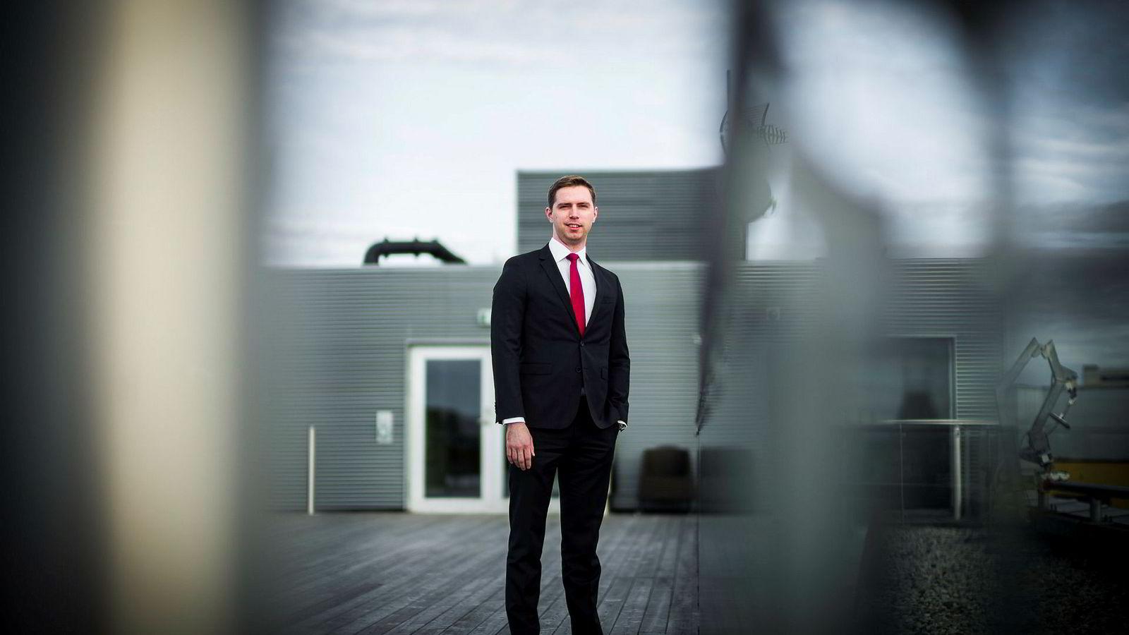 Alexander Larstedt Lager, porteføljeforvalter i Arctic Fund Management, har mindre tro på Hydro og mer tro på Atea fremover.