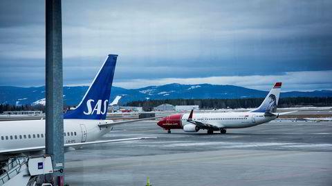 Nordmenn reiser for mye og for lite klimavennlig, ifølge en rapport fra FIVH.