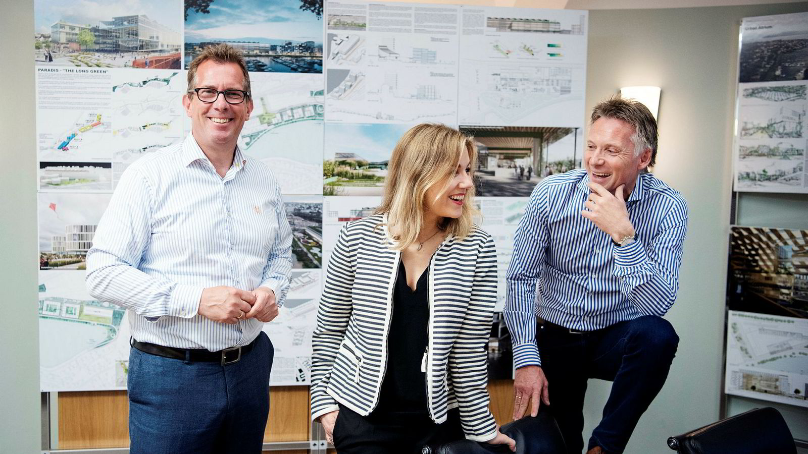 Nicolay Schreuder fra Bane NOR Eiendom, Marianne Stigset i Aker-selskapet FP Eiendom og Base-sjef Alfred Ydstebø presenterte onsdag vinnerutkastet i for eiendomsutviklingsprosjektet Paradis Midt og Nord i Stavanger.