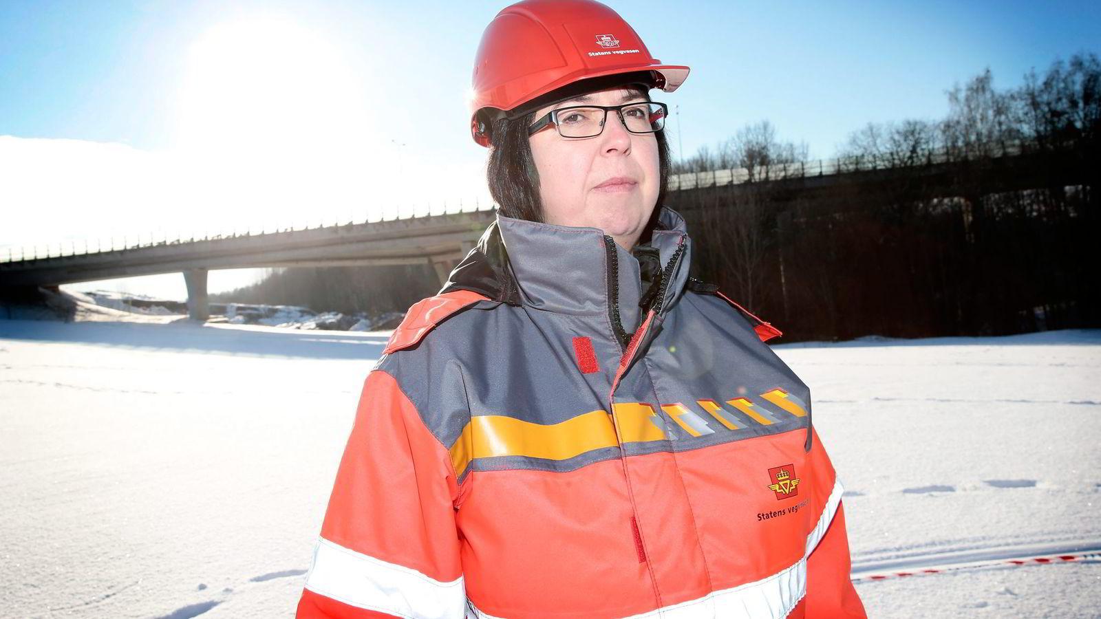 – Vi ble like sjokkert som alle andre over bro-kollapsen. Heldigvis pleier ikke broer i Norge å ramle ned, sier avdelingsdirektør Ingunn Foss i Statens vegvesen. Foto: Håkon Mosvold Larsen,