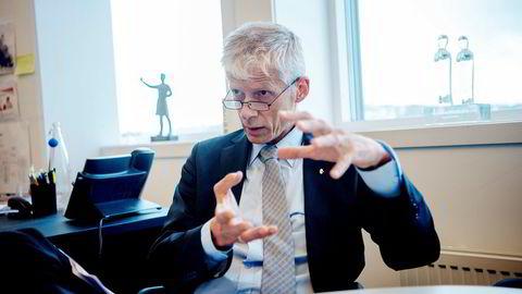 Skattedirektør Hans Christian Holtes ansatte kan trene med full lønn uten skatteplikt.