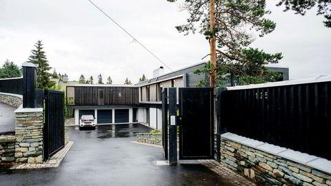 Louise Mohn beholder gigantvillaen i Holmenkollen hvis hun ikke får prisen hun ønsker. Nå søker hun i ettertid om å få godkjent allerede utførte tiltak på eiendommen.