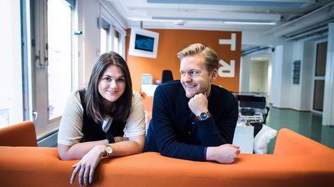 TRY-kreatørene Marius Aasen (29) og Susanne Hovda (26) sover godt om natten selv om ikke alle likte ideen om selge enveisbilletter til nysingle Brad Pitts hjemland. Foto: Gunnar Blöndal