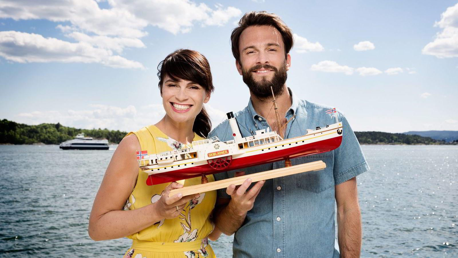 9cdf1923 Hittil i sommer er det programlederne Jeannette Platou og Kåre Magnus Berg  som har ledet NRKs