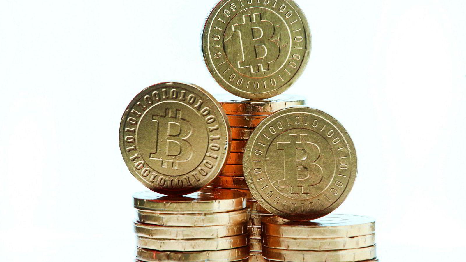 Bitcoin kursen stuper i desember.